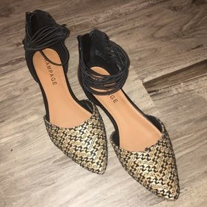 Zip-Up Patterned Flat